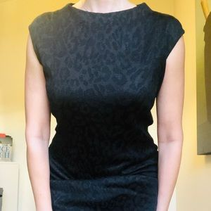 St. John Caviar black leopard sheath dress. Sz 10